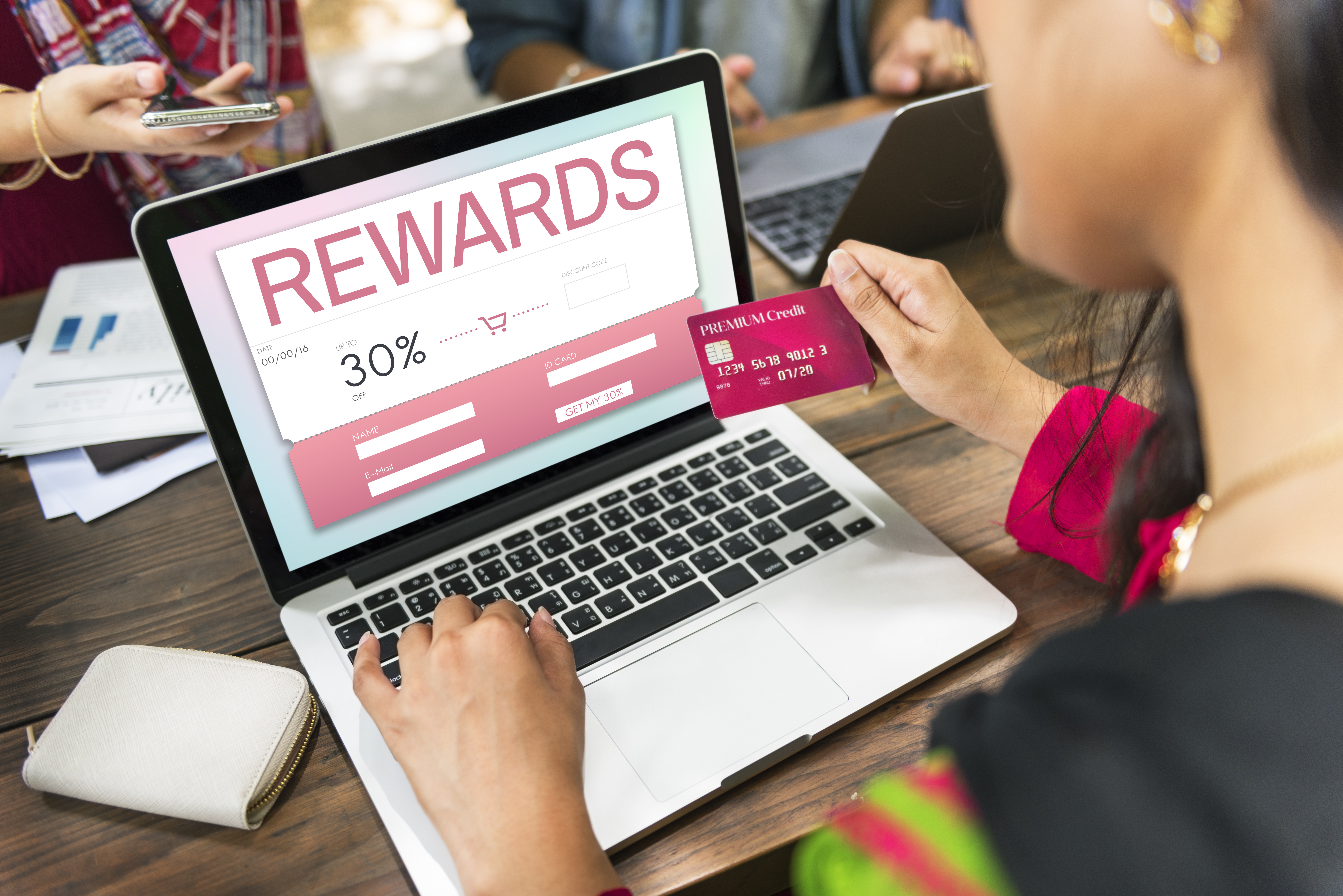 Benefits of Accepting Rewards Based Credit Cards